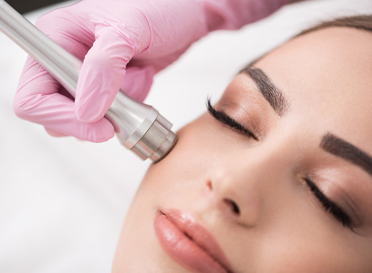 Clear and Clarify / Diamond Dermabrasion / Advanced Skincare