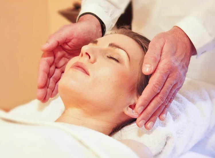 Indian Head Massage / Holistic Therapies