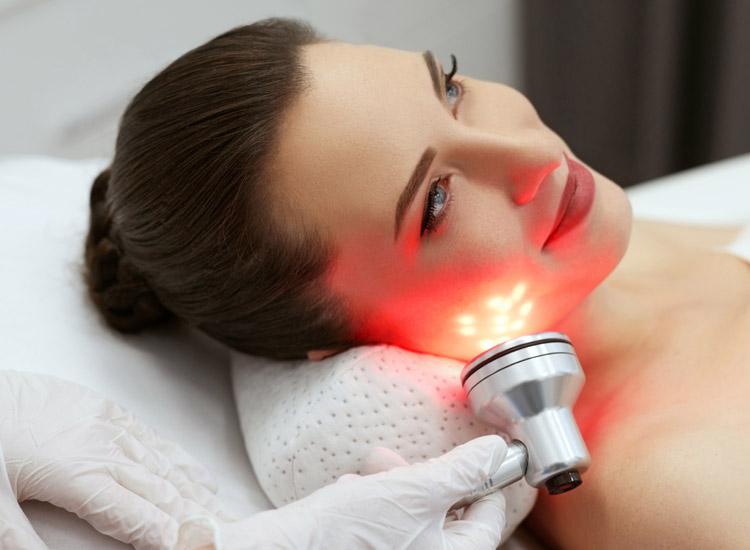 Luminous Lift / LED light skin therapy